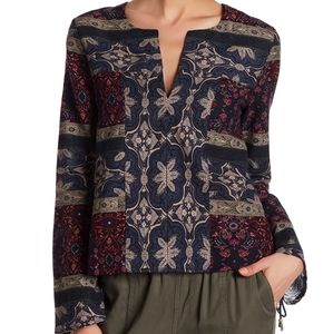 Anama printed pullover with lace detail on sides